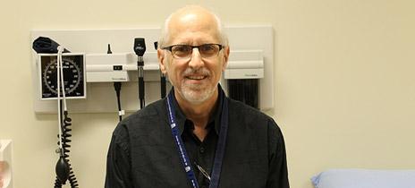 Dr. Glenn Benoit