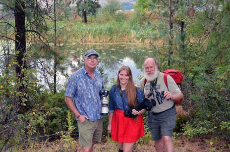 Assoc. Prof. Bob Lalonde (left) and Prof. Ian Walker with his daughter Emma took hundreds of photos of birds at the UBC pond. They turned those images into a 2014 calendar with hopes of raising funds for fourth-year undergraduate science students.
