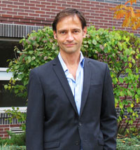 Gino DiLabio joined the Barber School as Head of Chemistry for a five-year term.