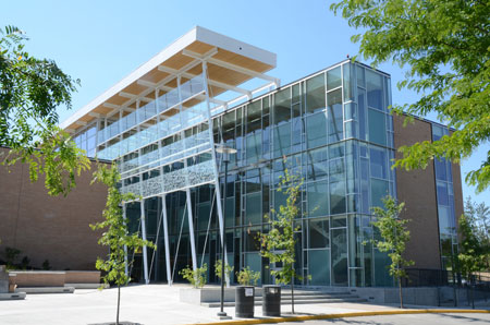 The Reichwald Health Sciences Centre was specifically built with energy savings in mind.
