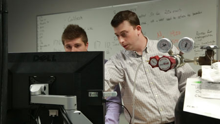 Michael Tymko, graduate student in the School of Health and Exercise Sciences, and Prof. Gen Foster (right).