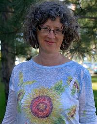 Creative Writing Associate Professor Nancy Holmes