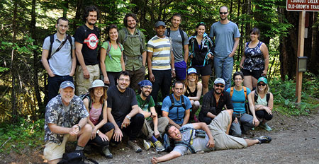 Professor Lael Parrott led a fieldtrip with graduate students from UBC Okanagan, Oregon State University and Université du Quebec to HJ Andrews Experimental Forest.