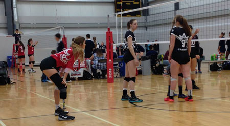 Jennifer Oakes from Calgary's William Aberhart High School will join the Heat women's volleyball team later this month.