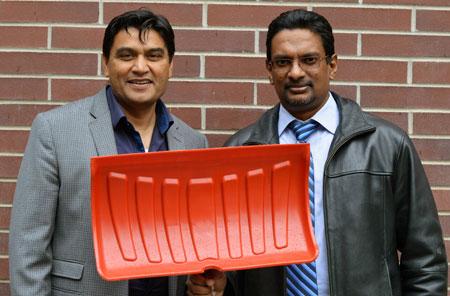 Rehan Sadiq, professor of engineering, and Kasun Hewage, associate professor of engineering.