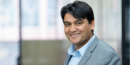 Rehan Sadiq joined UBC Okanagan in 2009 and is Associate Dean of the School of Engineering.
