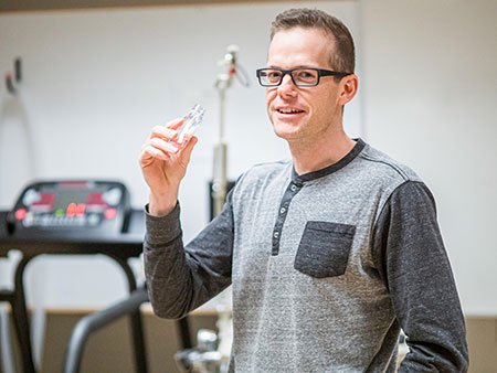UBCO researcher Jonathan Little suggests ketone supplement drink may help control blood sugar.