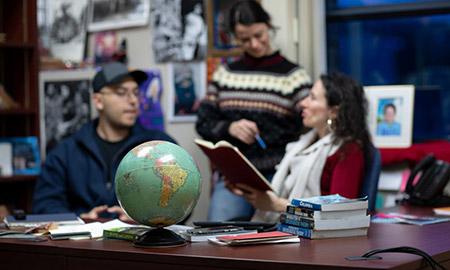 Jasmin Hristov with students