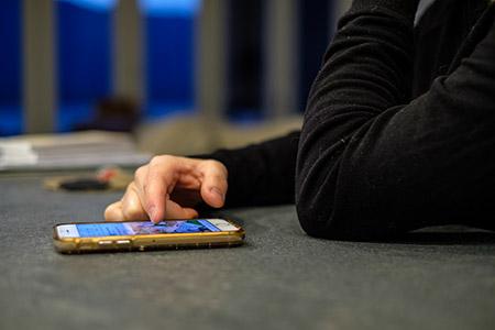 A new study from UBC Okanagan examines how using social media impacts happiness.