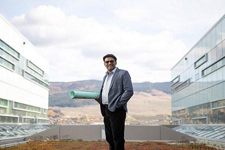 Engineering professor Kasun Hewage.