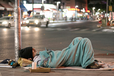 While each person has different reasons for becoming homeless, a new study shows they learn through their interactions with different services to perform 'as homeless' based on the expectations of service providers.